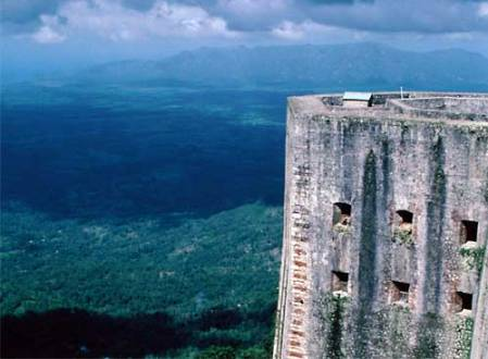 Vista desde la Citadelle Laferrièr en Haiti