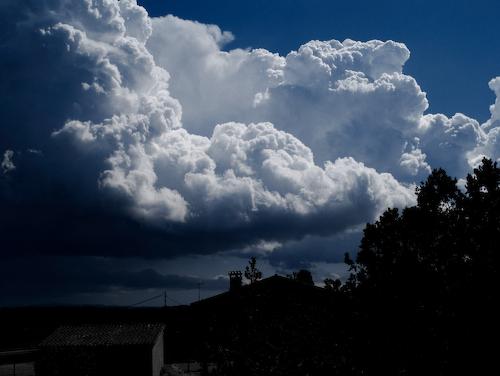 Nubes llenas de vida, Gustavo Campos