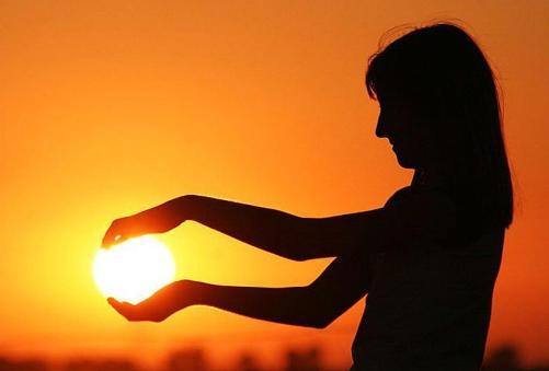 el sol en tus manos