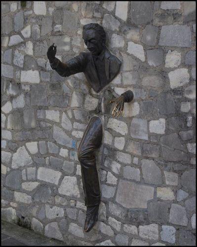 estatua sorprendente