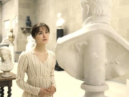 Lizz Bennet ante el busto de Darcy