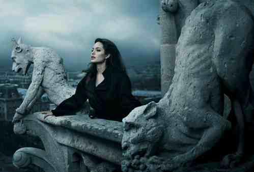 Annie Leibovitz - Angelina Jolie