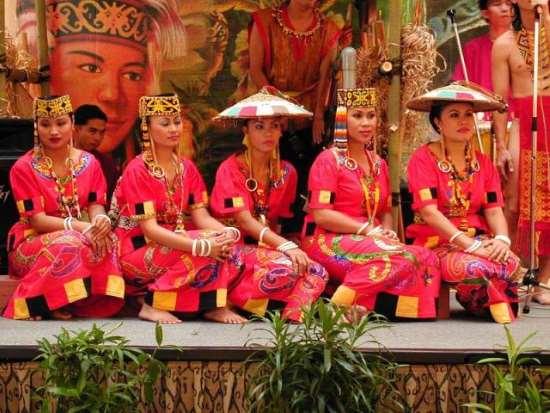 Danza de Sarawak