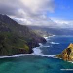 Roques frente a las costas de Canarias