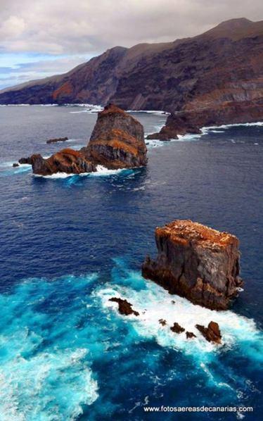 Roques de Salmor al norte de El Hierro