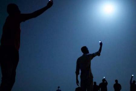 Signal, de John Stanmayer, mejor foto del año 2013