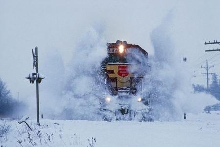 La fría nostalgia de los trenes en la nieve