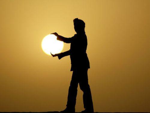 El sol en las manos
