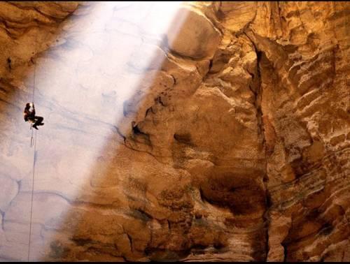 Voronya Cave, la cueva más profunda 2