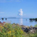 Fotos de la erupción de un volcán submarino