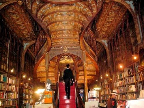 escalera-libreria-lello