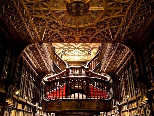 interior-libreria-oporto